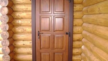 Деревянные двери для дачи