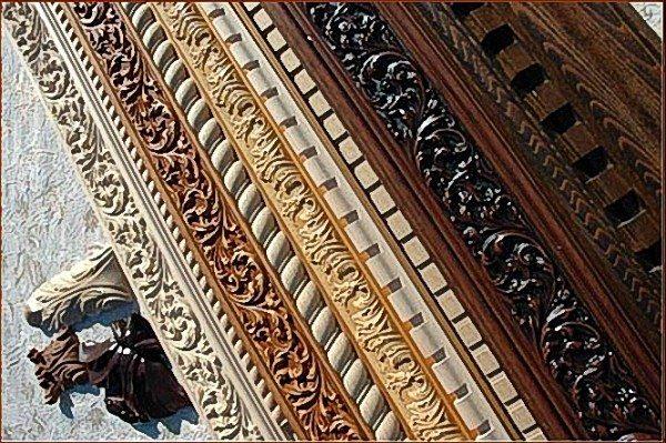 Деревянные потолочные плинтусы