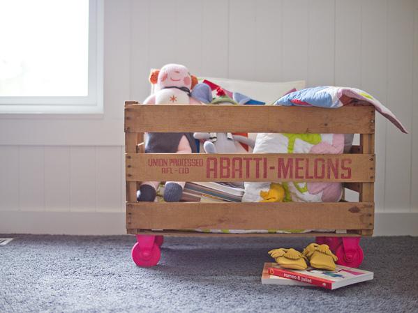 Деревянный ящик для игрушек своими руками на колесиках