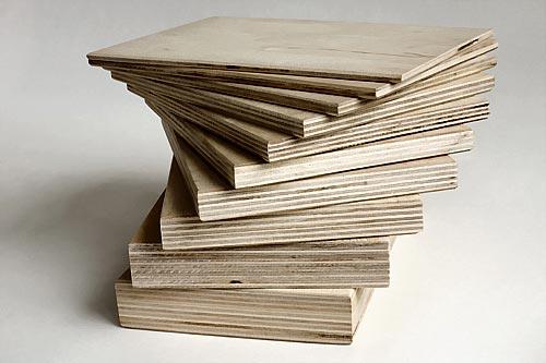 Для работы используем листы фанеры разной толщины