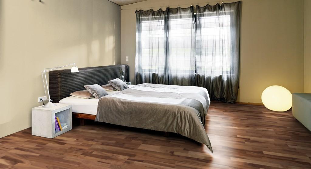 Для спален и других помещений с незначительной нагрузкой подойдут тонкие изделия