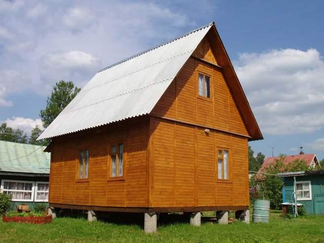 Дом из дерева на столбчатом фундаменте