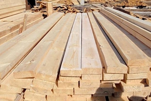 Доска обрезная осина – на складе перед транспортировкой