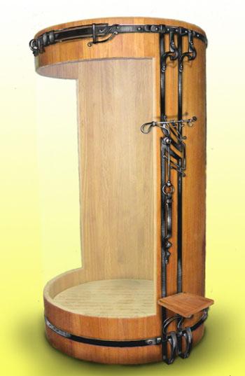 Душевая кабинка с элементами ковки