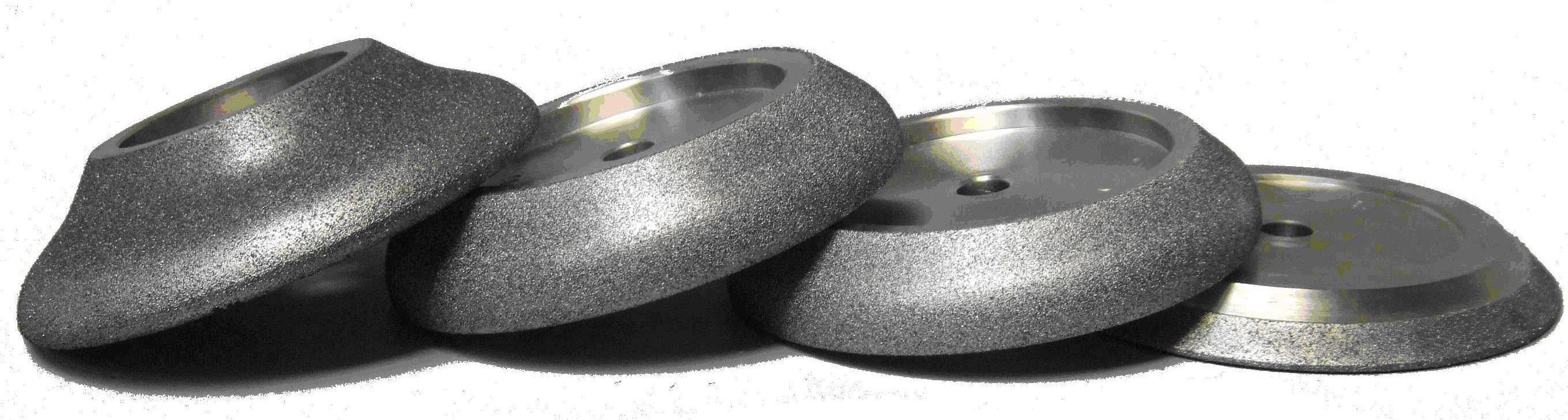 Эльборовые круги, имеющие разную форму.