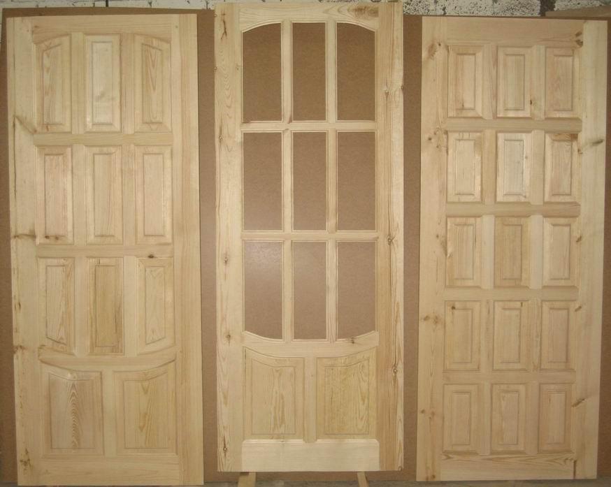 Филенчатые деревянные входные двери