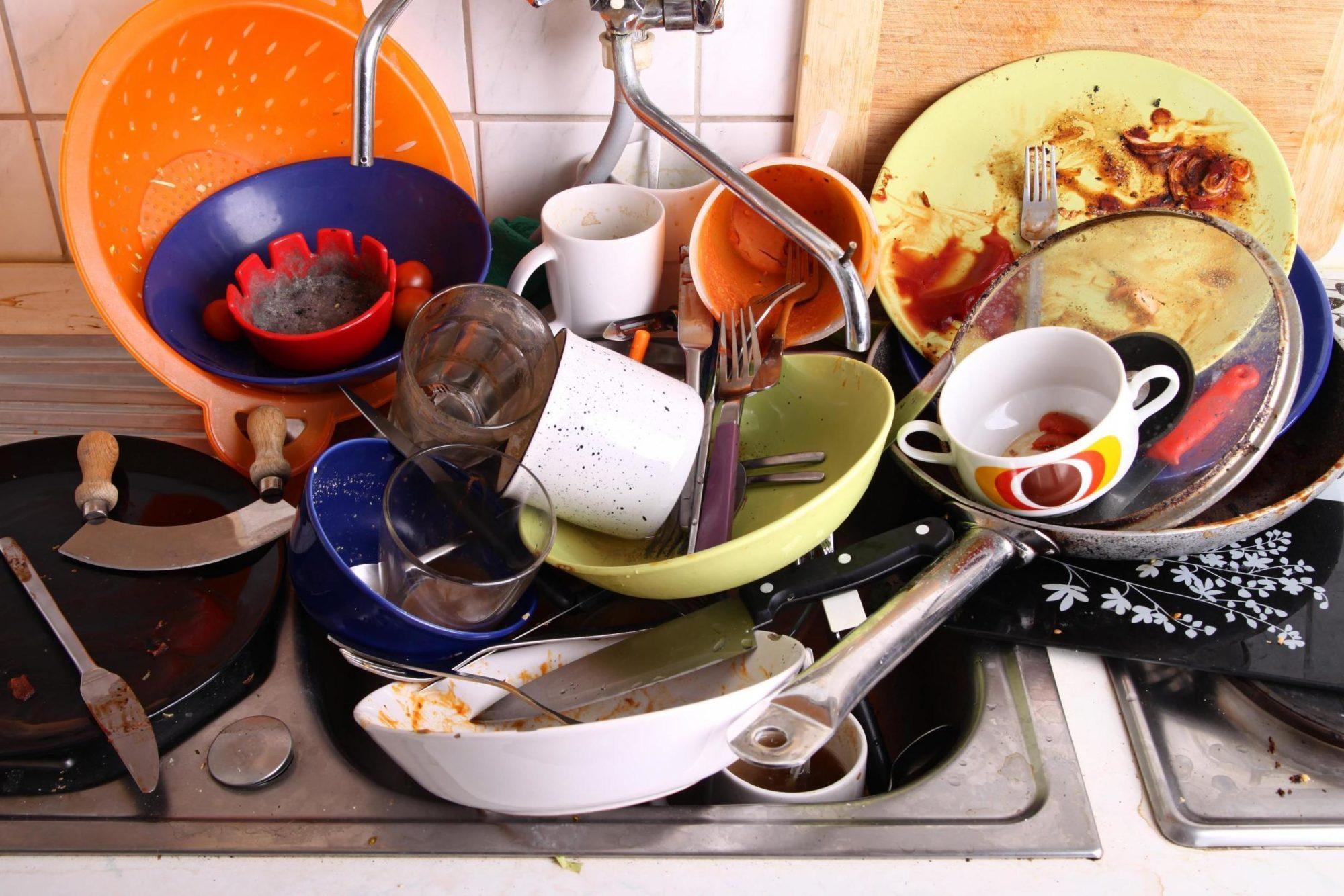 Гораздо проще помыть одну тарелку сразу, чем гору посуды потом