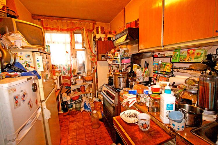 Ускорить уборку такой квартиры не сможет ни один совет