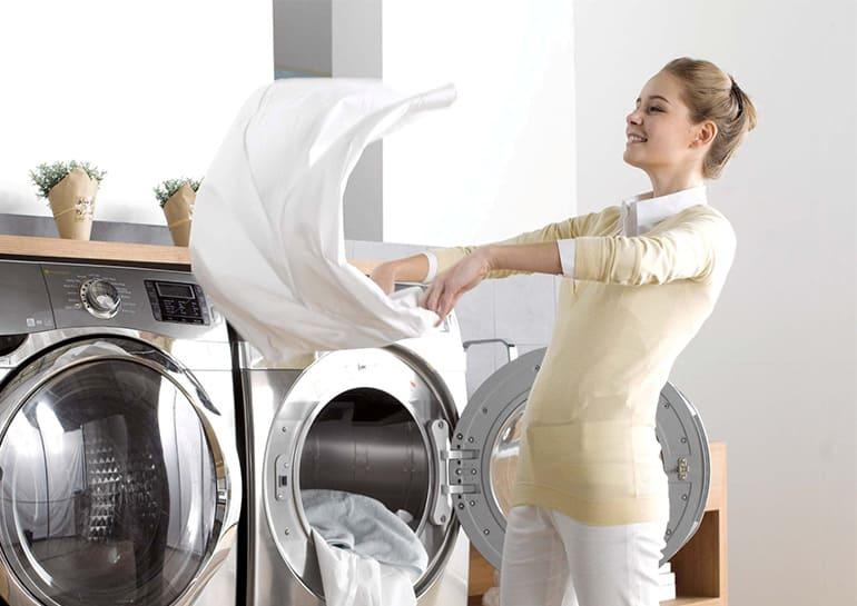 Если одежду встряхнуть, то гладить ее вряд ли придется