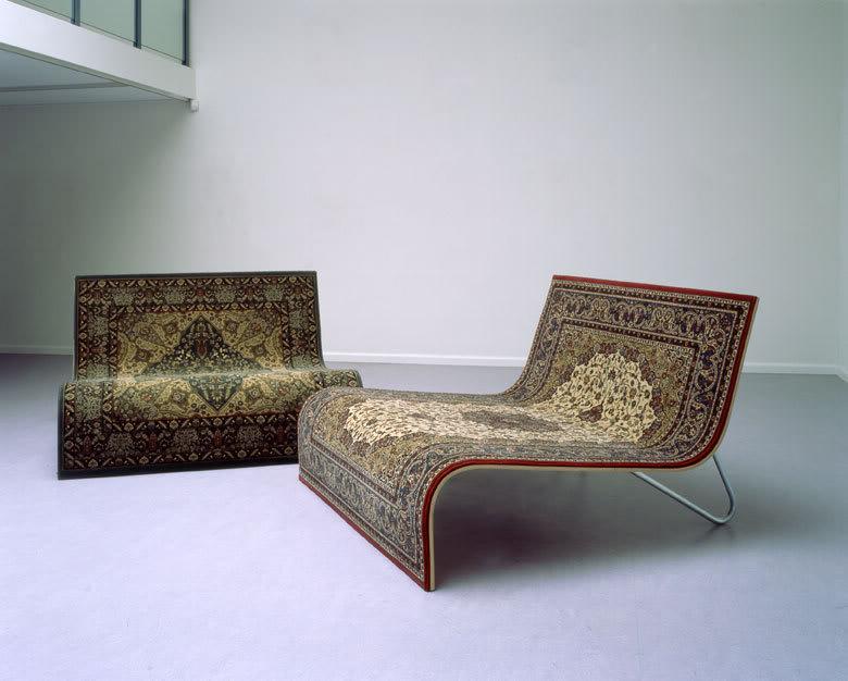 Оригинальный диван сделает гостиную стильной