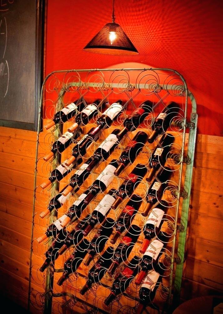 Место для хранения винных бутылок
