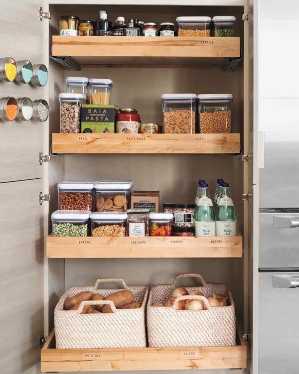 Правила организации хранения продуктов помогут сберегать их наилучшим образом