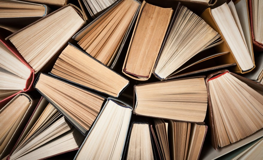 Где можно поставить книги