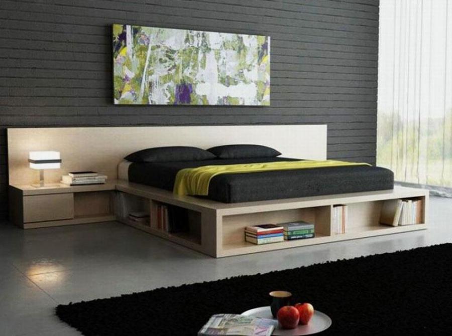 Кровать с нишами, в которых можно хранить книги