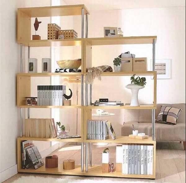 Книги можно хранить в комнатной перегородке
