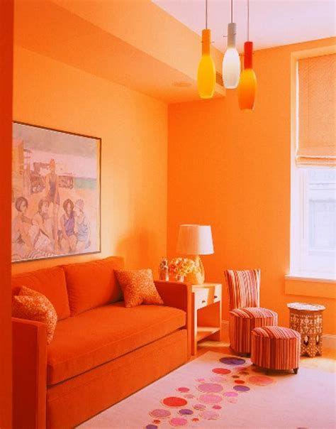 Как оранжевый цвет стал яблоком раздора в семейной жизни