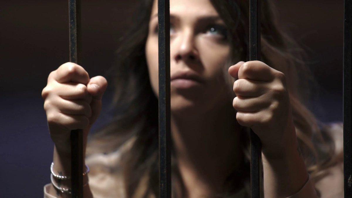 Таня не сразу рассказала, что сидела в тюрьме