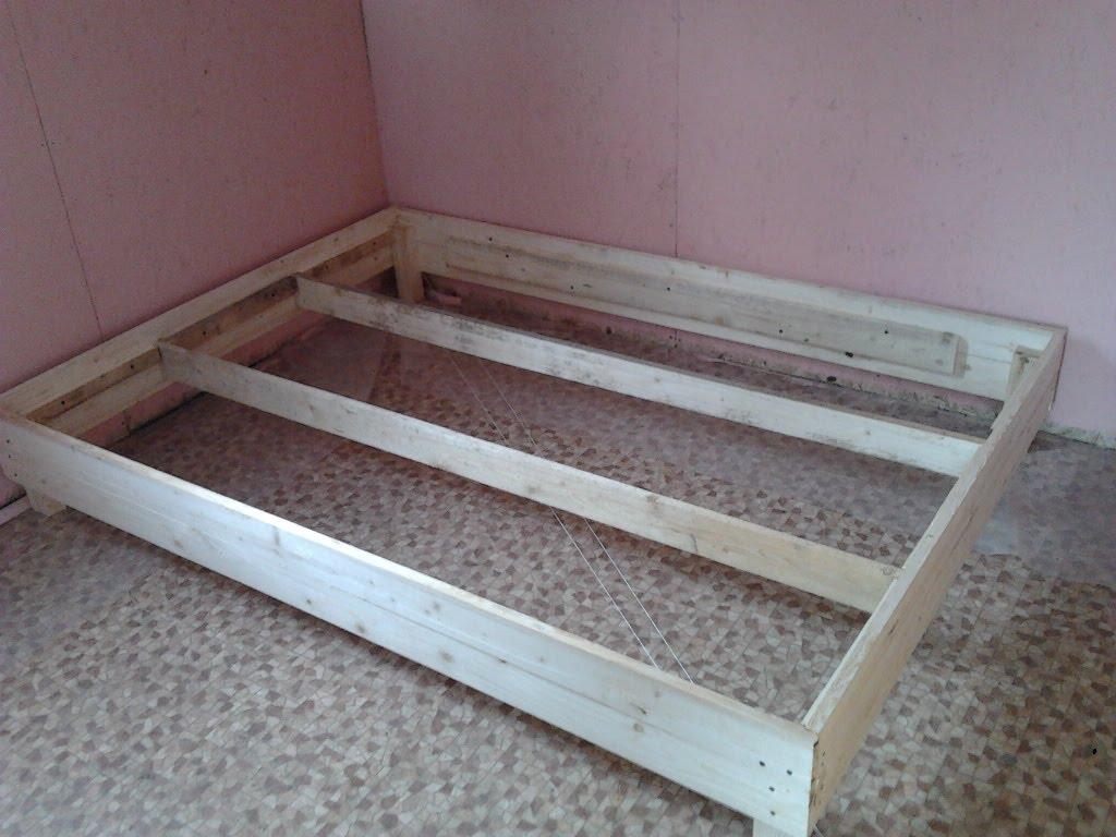 Как сделать кровать своими руками из дерева - пошаговая 35