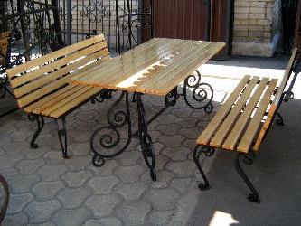 Столы для беседок из дерева: видео-инструкция по монтажу своими руками, как сделать лавки, скамейки, столбы, чертежи, фото и цена