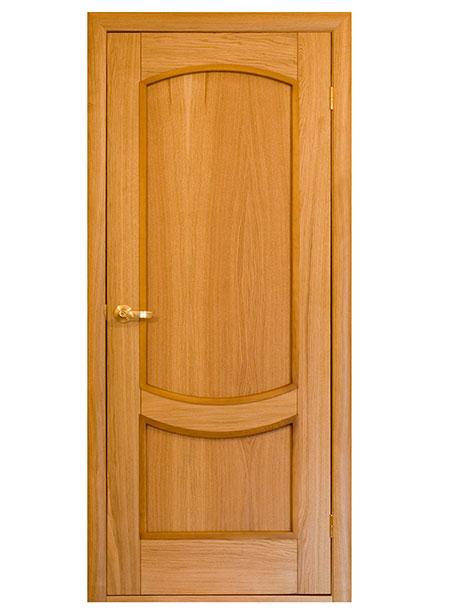 Готовая филенчатая дверь