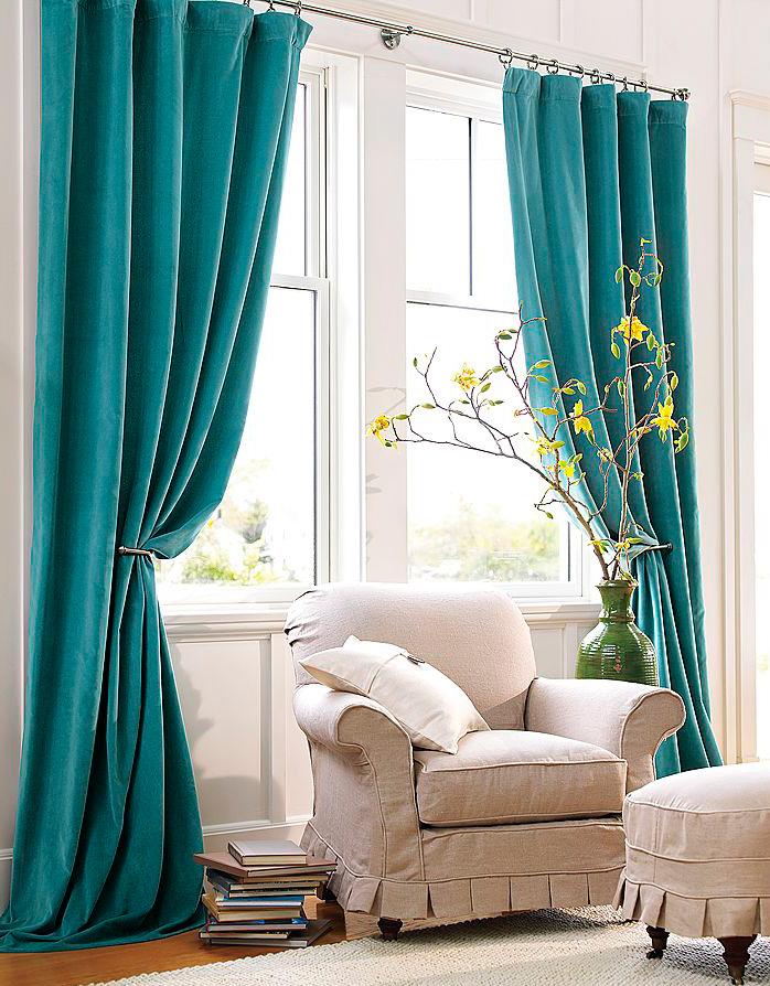 Практически каждая семья пользуется шторами на окнах