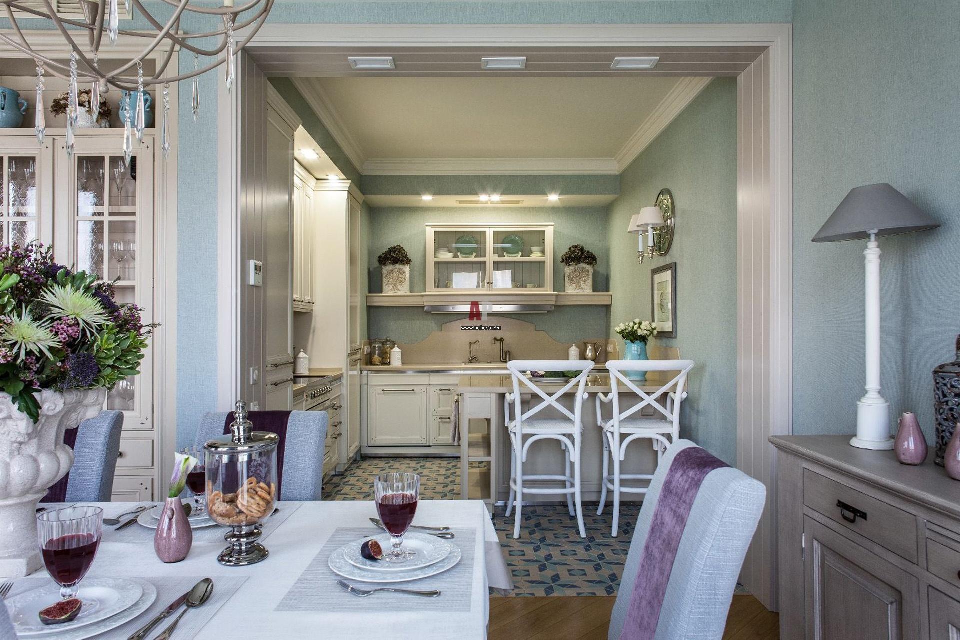 Французский стиль будет уместным в частных и загородных домах