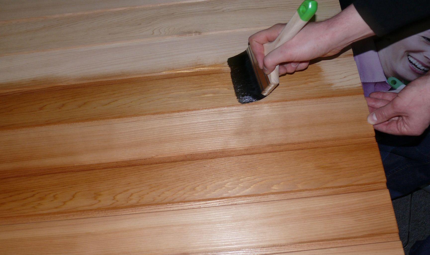 обработка дерева внутри помещения