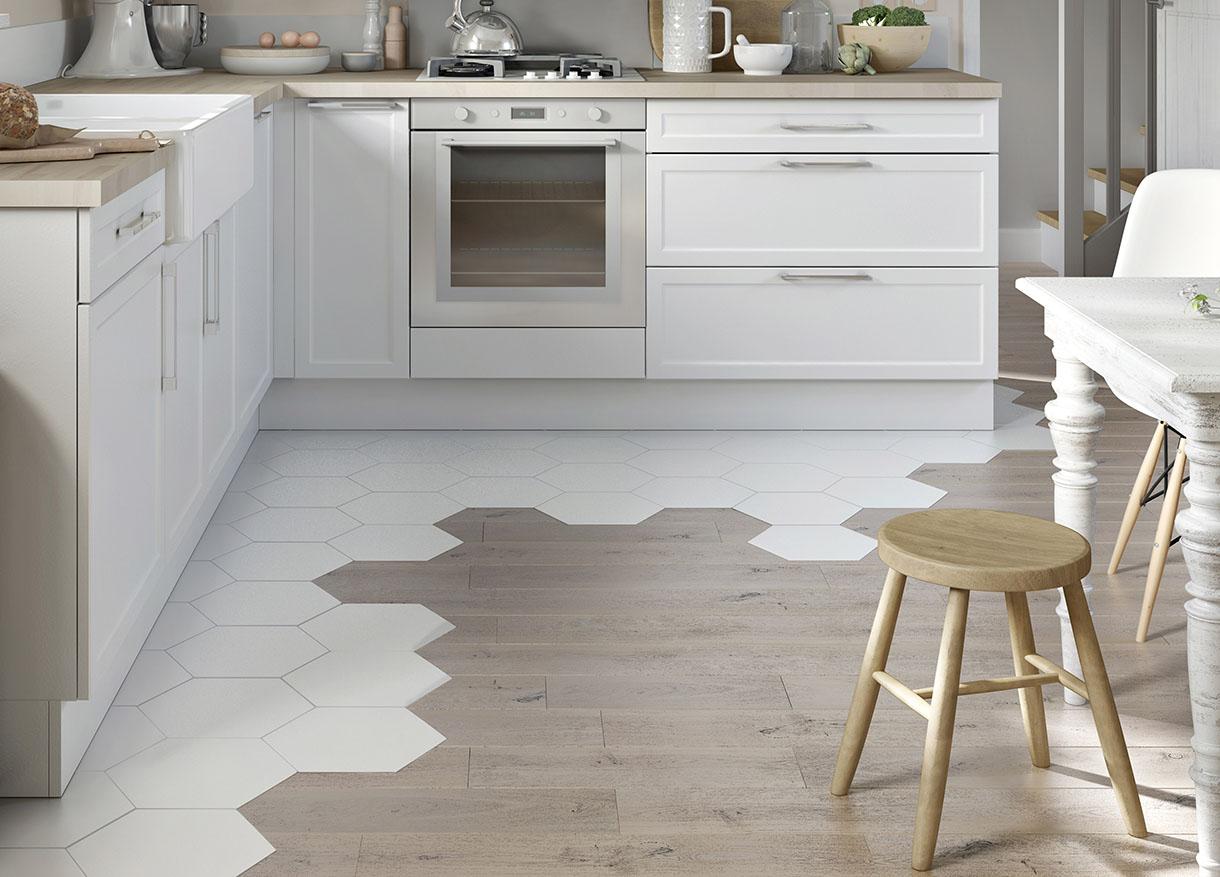 Зонирование плиткой пространство кухни