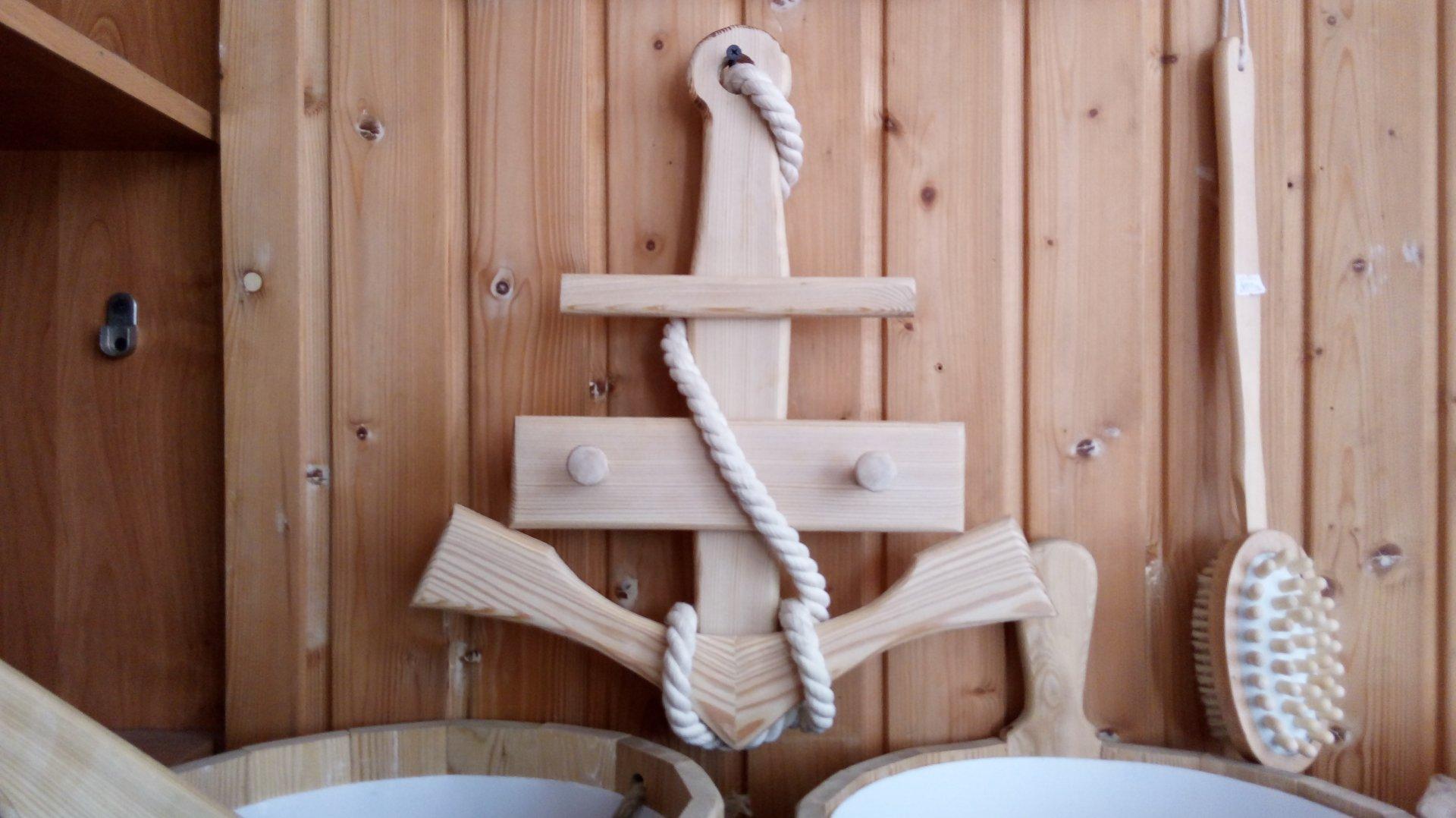 Вешалка для бани в виде якоря