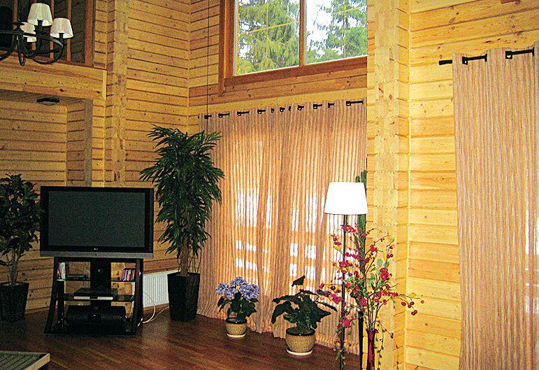 Интерьер деревянного дома.