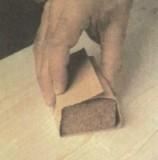 Использование деревянного бруска.