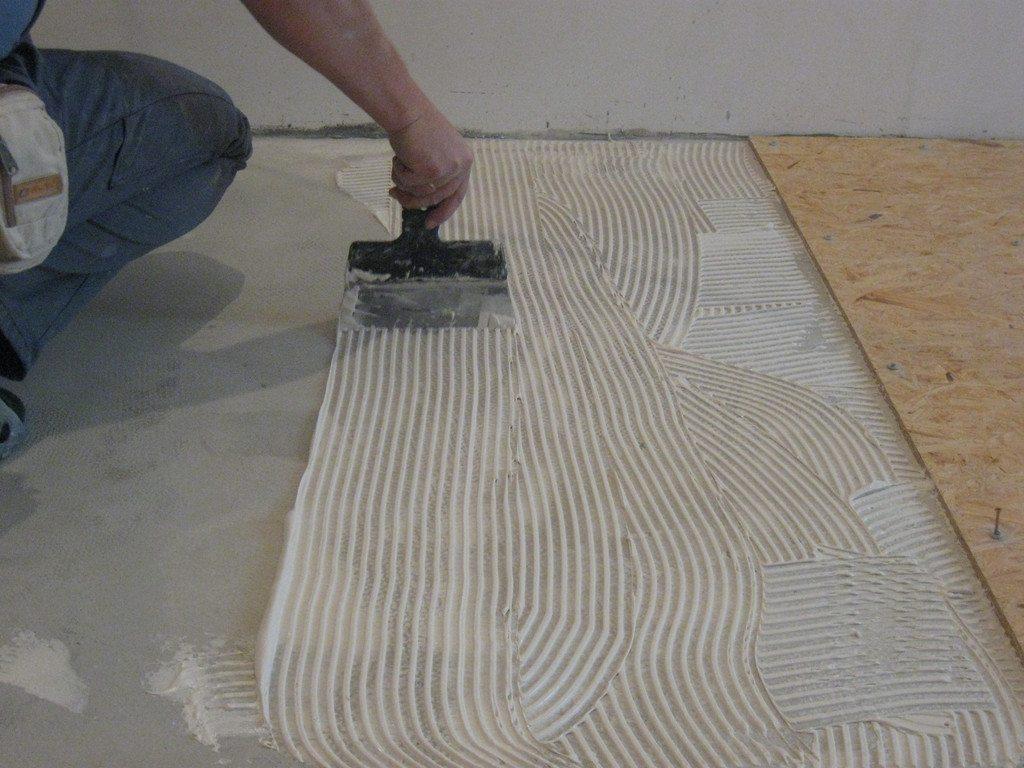 Клеевой монтаж ОСП на бетонную стяжку