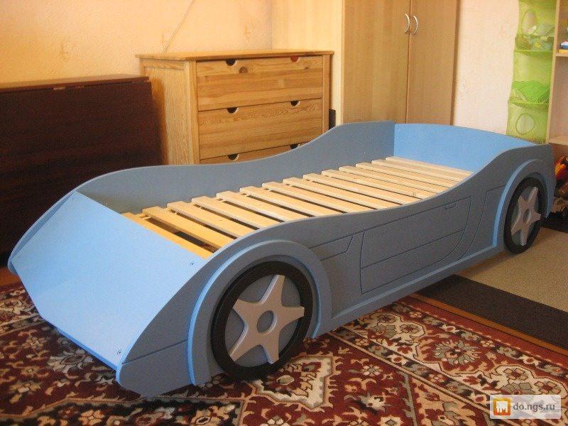 Кровать для детей из дерева