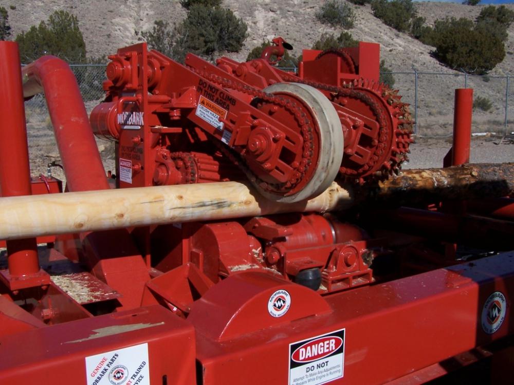 Механическая обработка древесного ствола