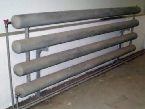 Можно сварить радиатор из труб по длине строения