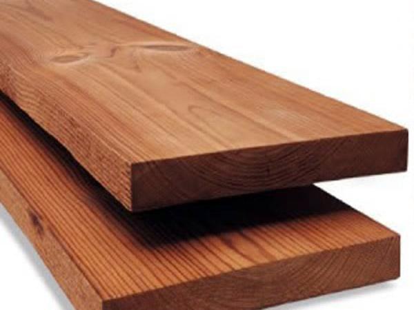 На фото - обработанная высокой температурой древесина