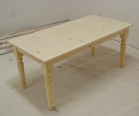 На фото- готовый стол