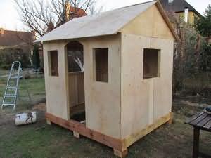 На фото: такое простое строение принесет очень много радости вашим детям