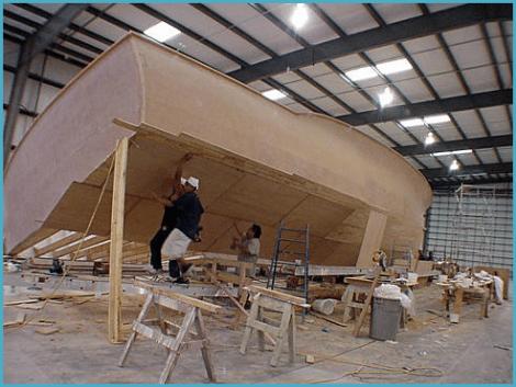 Обивка корпуса яхты водостойкими пиломатериалами