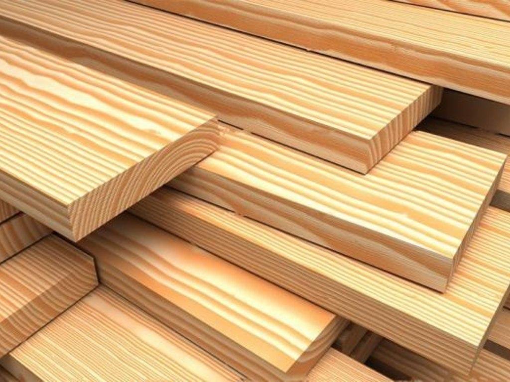 Обрезная доска из древесины хвойных пород