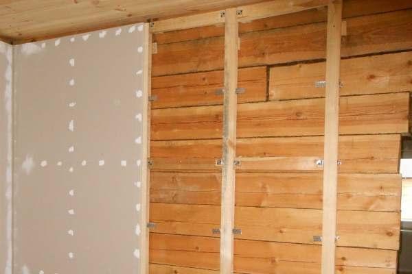 Обшивка деревянных стен гипсокартоном.