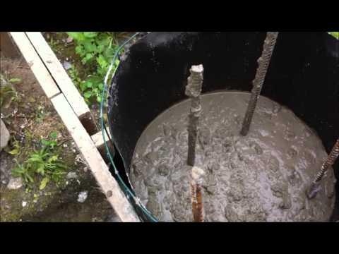 Опалубка и армирование при заливке столбиков