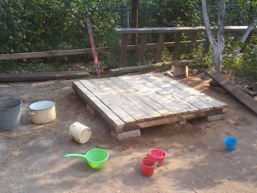 Основание для будущего детского домика