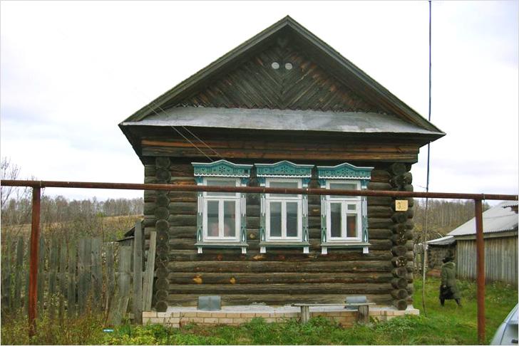 Отремонтированный дом с новым цоколем