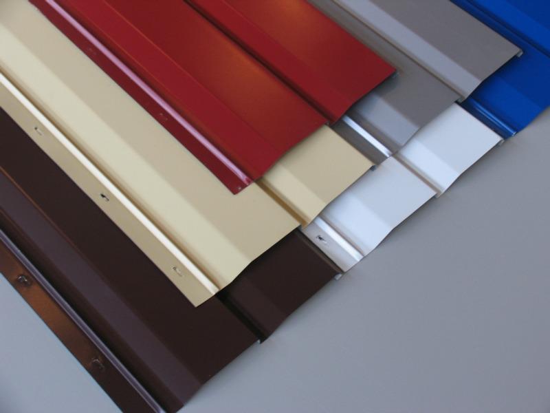 Панели сайдинга отличаются разнообразием цветов и оттенков