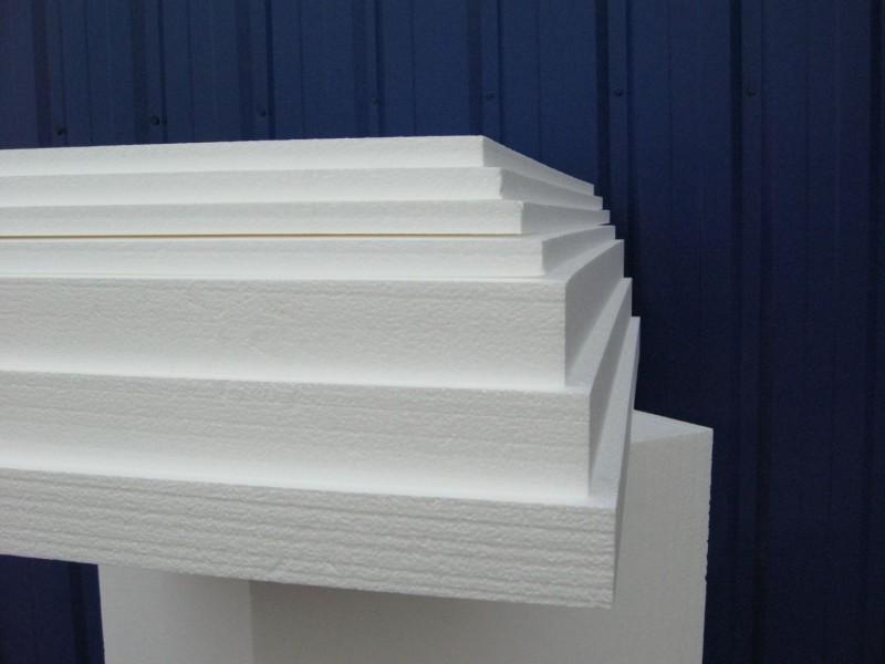 Плиты пенопласта различной толщины.