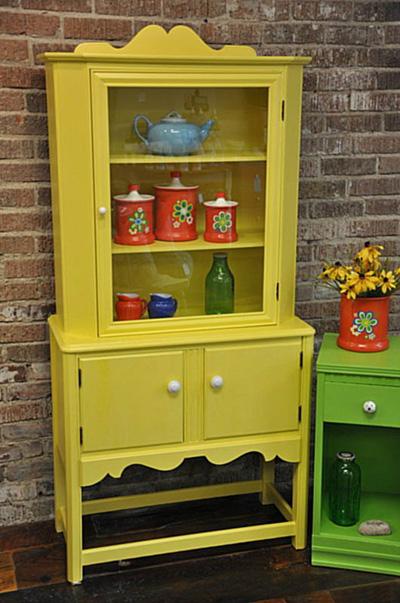 Полиуретановую краску можно без проблем использовать для окраски мебели
