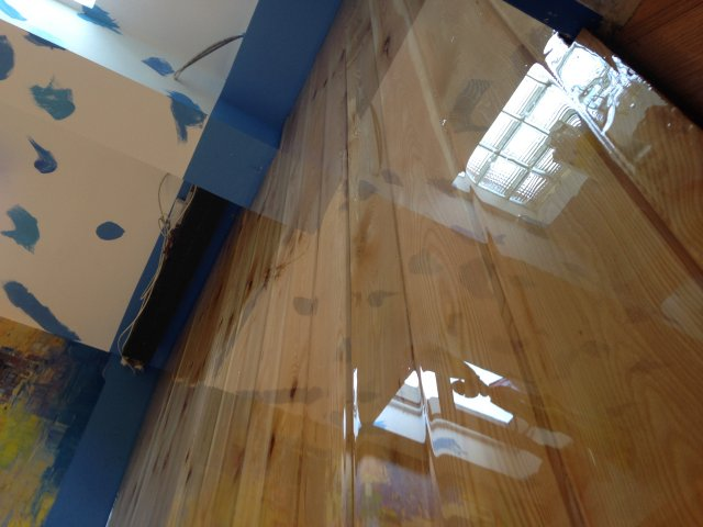 Отзыв о яхтный лак радуга-maler алкидно-уретановый, водостойкий.