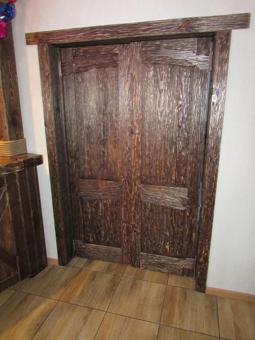 Помните, двери, изготовленные из массива, могут, в зависимости от влажности, расширятся, сужаться и деформироваться