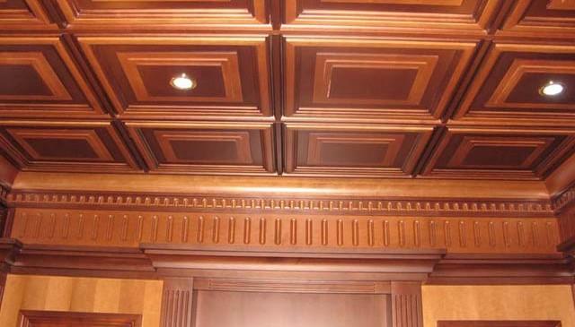 Потолочные панели из массива дерева